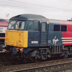 Class 87 Electric at Warrington