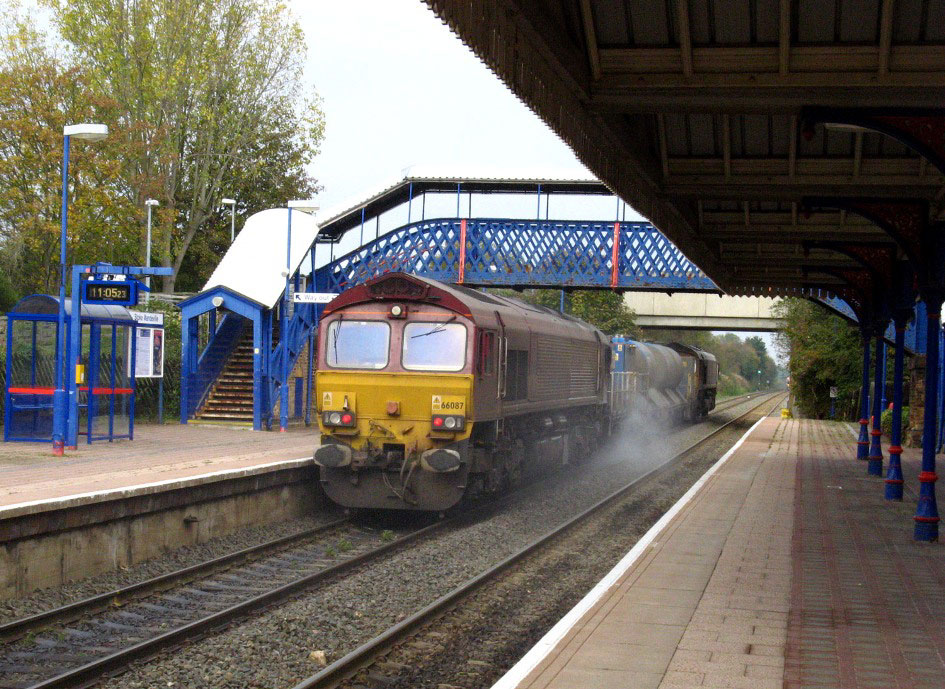 66087 at stoke mandeville rhtt by phil marsh