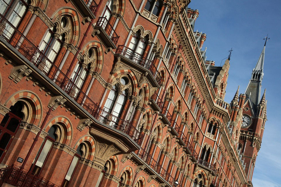 st pancras by Phil Marsh