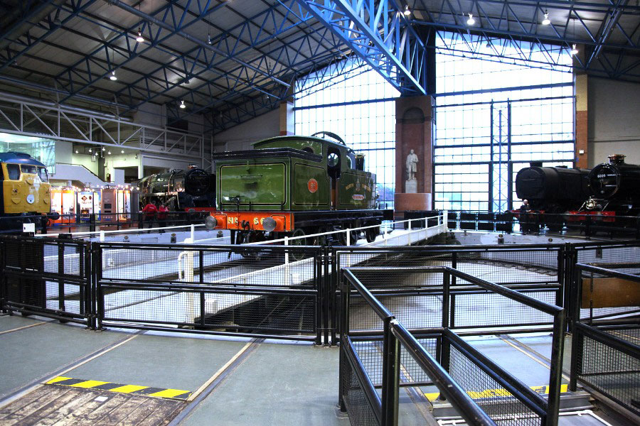 2012-12-07 national railway museum turntable york manchester by Phil Marsh