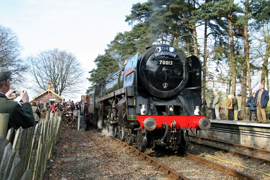 NNR Cromwell 11 March 2010 by Cliff Thomas
