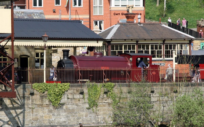 Llangollen Jessie 19 April 2011 by Cliff Thomas