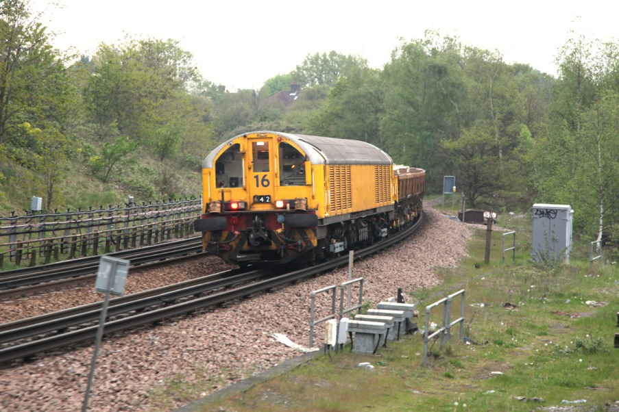 battery loco working at Ealing by Phil Marsh