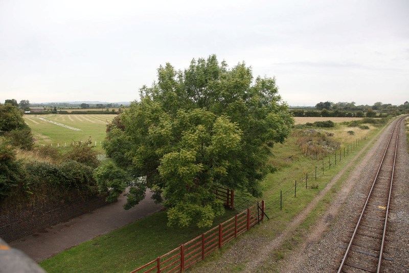 4 hs2 will come in from the left just north of quainton station by phil marsh