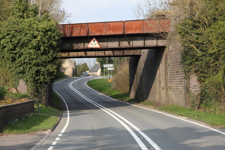 9 finmere gcr bridge over A421 by phil marsh