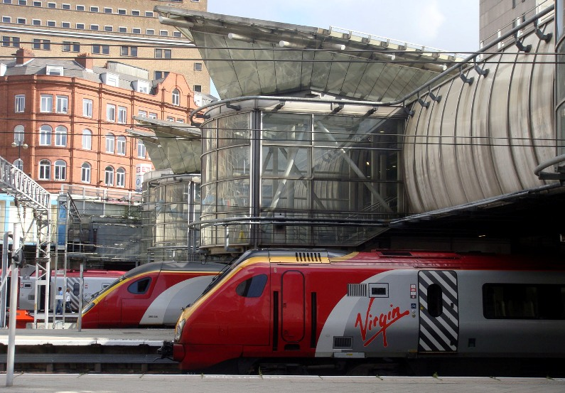 virgin trains at birmingham new street by Phil Marsh