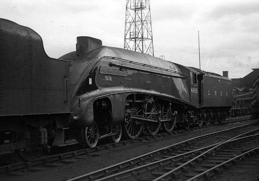 sir nigel gresley at crewe 1966 phil marsh