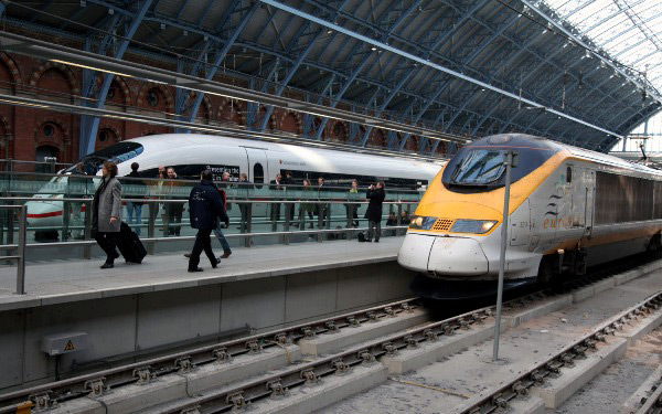 Ice and Eurostars at St Pancras by Phil Marsh