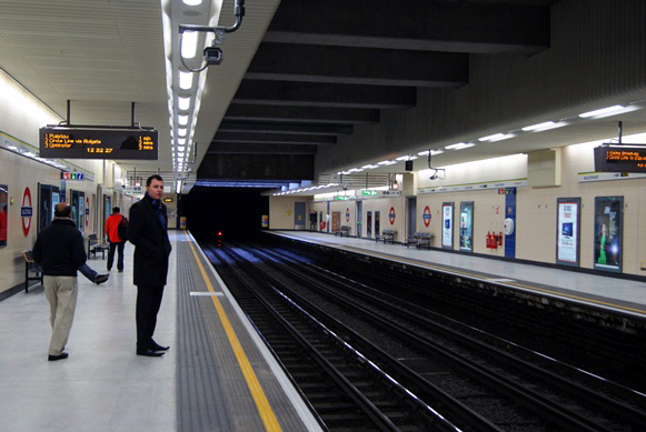 Blackfriars re-built Underground platforms by Nicholas Hair