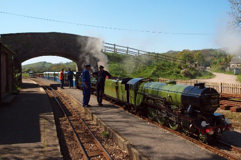Ravenglass and Eskdale Railway copyright Eliot Andersen