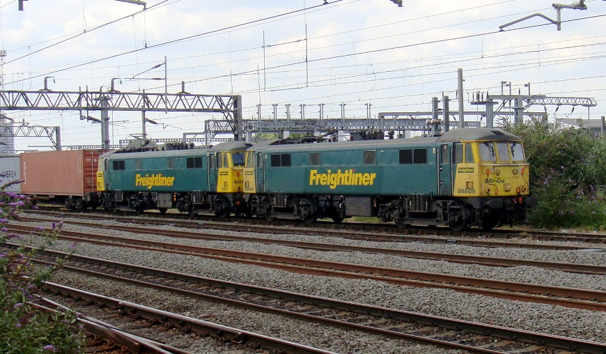 freightliner electrics at Willesden  Phil Marsh