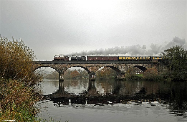 Vintage trains sold out pannier tank excursion from November 2011 over river trent