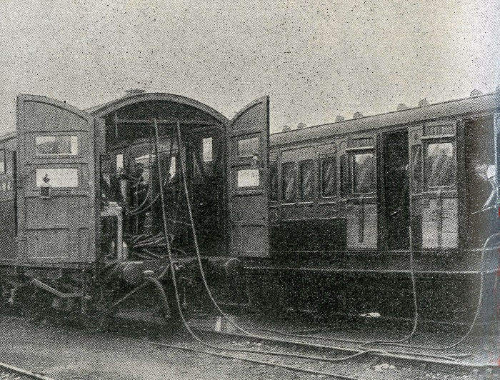 1912 vacuum cleaning train