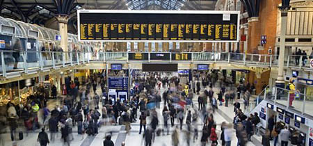 Liverpool street station in the UK at rush hour
