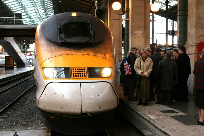 Eurostar at Paris by Phil Marsh