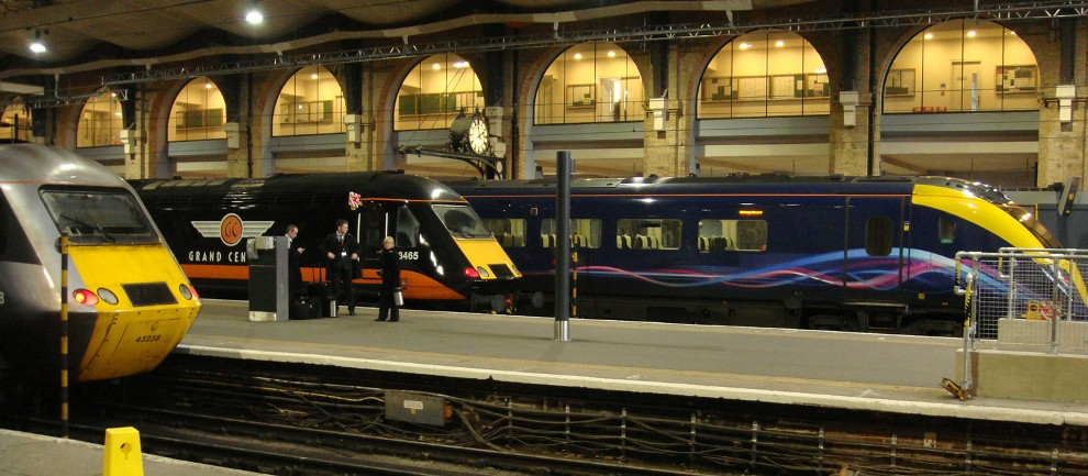 Competition at Kings Cross Hull Trains Class 180 and Grand Central and East Coast HSTS by Phil Marsh
