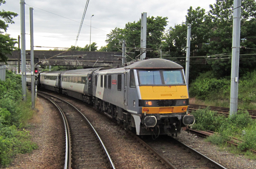 Greater Anglia train at Norwich by Phil Marsh