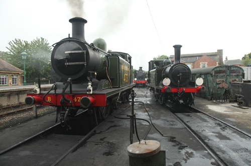 Vintage locomotives at Havenstreet by Phil Marsh