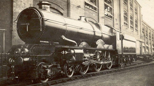 1932 at Swindon King George V outside the A shed from Phil Marsh's collection