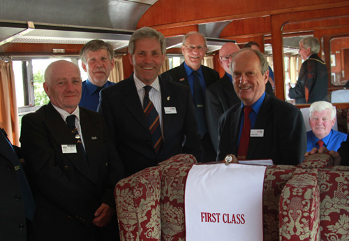 Steve Davies with nrm volunteers by Phil Marsh