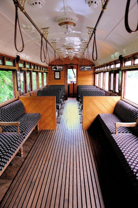 Steam Railmotor 93 interior frank Dumbleton