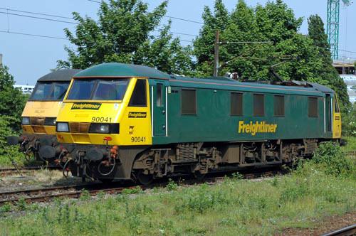 Freightliner electric No. 90041. By Paul Bickerdyke