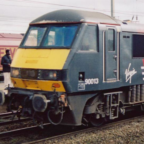 Class 90 Electric at Warrington