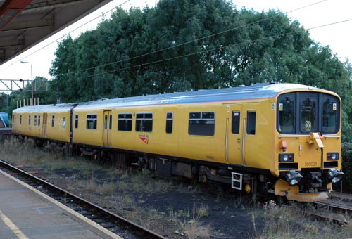 Network rail test DMU No.950001 courtesy Paul Bickerdykex
