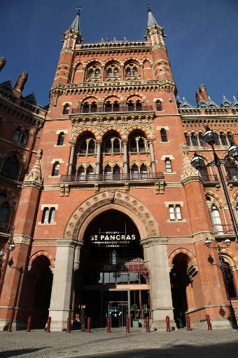Renaissance Hotel St Pancras courtesy of Phil Marsh