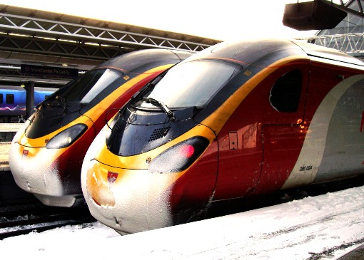 2 Pendelinos in the snow courtesy of Phil Marsh
