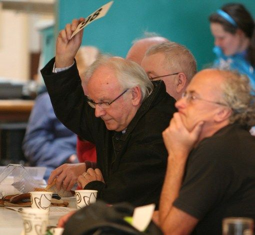 Pete Waterman bidding at Auction courtesy of Phil MArsh