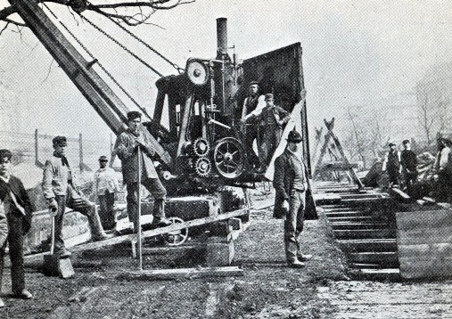 Steam Crane Removing spoil courtesy of Phil Marsh