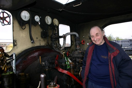 2013 Harry Robinson returns. Harry in cab of the Metropolitan courtesy of  Phil Marsh