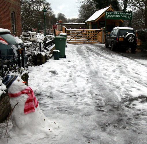 Snowman at Havenstreet courtesy of Phil Marsh