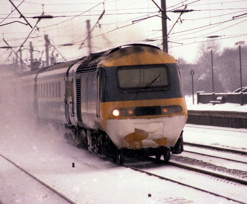 1980s HST in the snow at Biggleswade courtesy of Phil Marsh