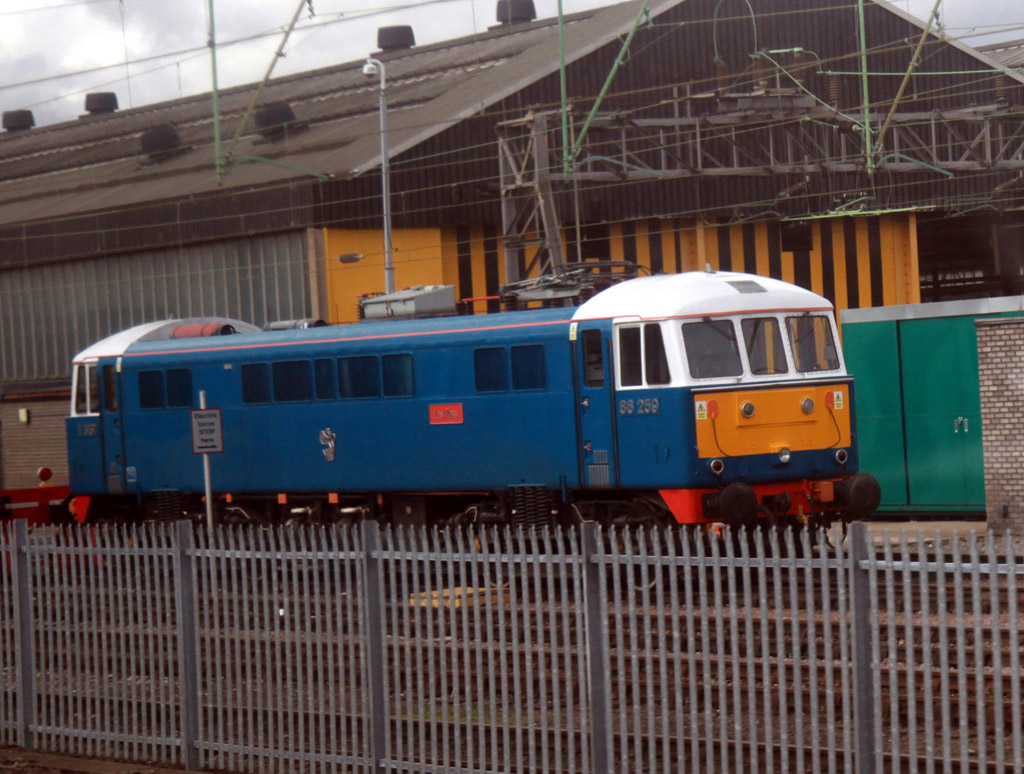 86259 les ross at willesden by phil marsh
