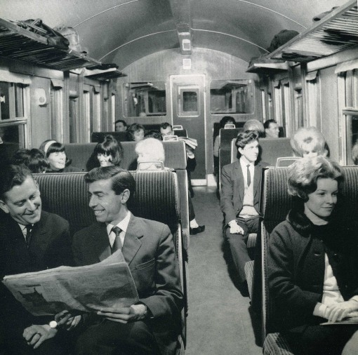 1958 modern new train interior. Courtesy of the Phil Marsh collection