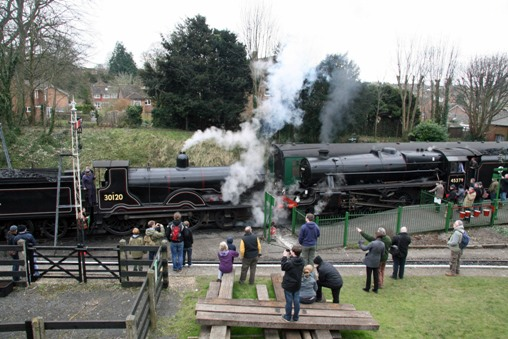 Mid-Hants gala_T9 + Black Five at Alresford. Courtesy of Cliff Thomas
