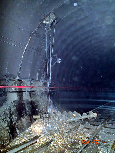The drill and damage between old street and essex road stations. Courtesy of RAIB