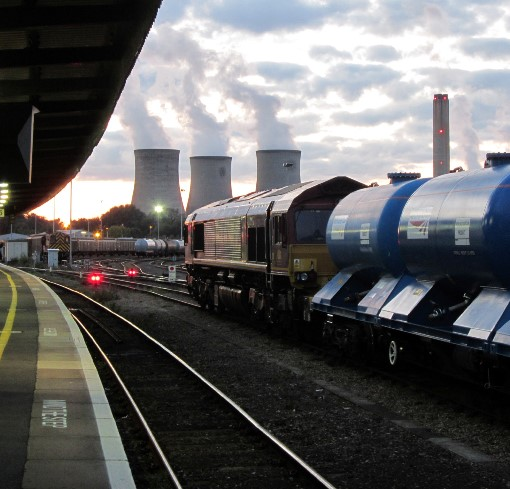 1 Didcot power station as it is remembered. Courtesy of  Phil Marsh