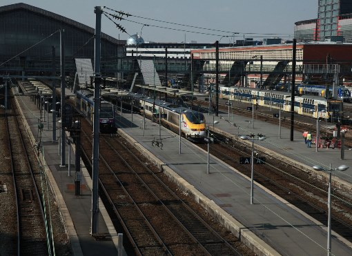 Eurostar at lille flandres station. Courtesy of  Phil Marsh