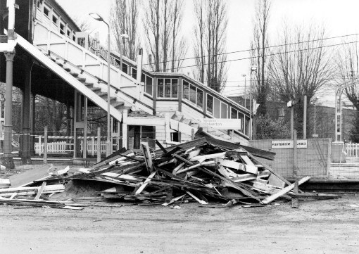 4 wolverton station demolition in 1991 by Phil Marsh (2)