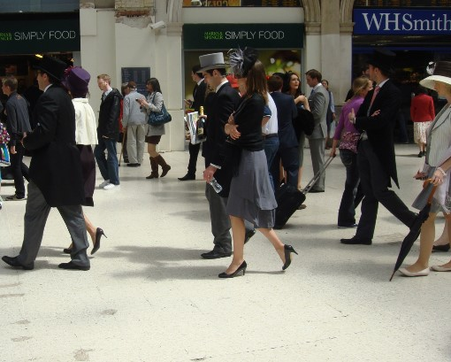 6 Ascot racegoers at Waterloo by Phl Marsh