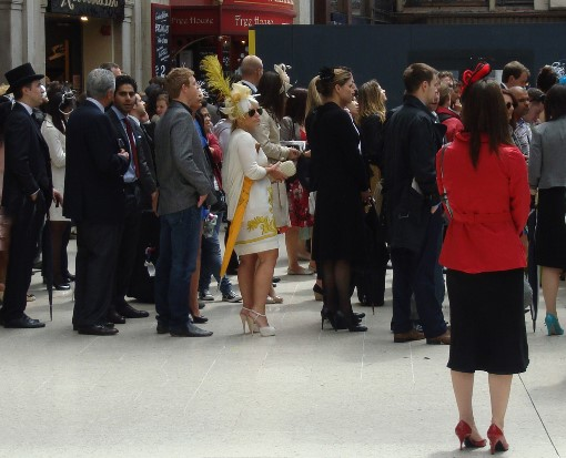 7 ascot racegoers at waterloo by Phl Marsh