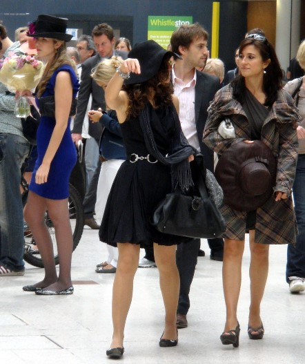 8 Ascot racegoers at waterloo by Phl Marsh