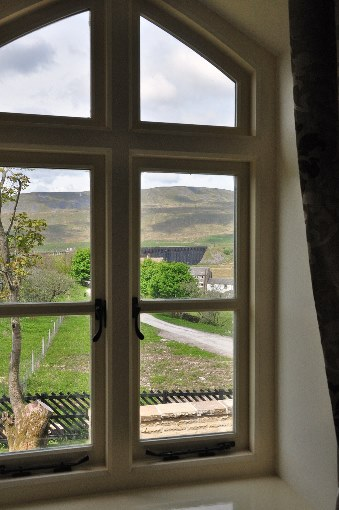 4. Ribblehead holiday accommodation view by Geoff Bounds