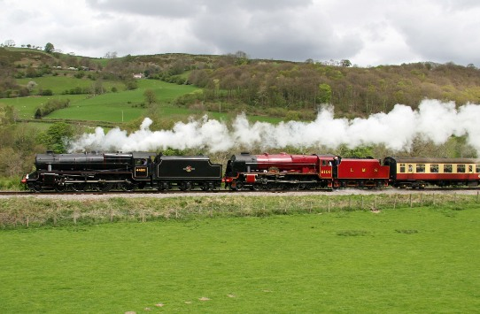 Royal Scot with Black 5 Llangollen 2009 by Cliff Thomas