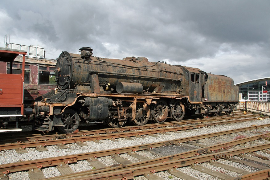 by Cliff Thomas