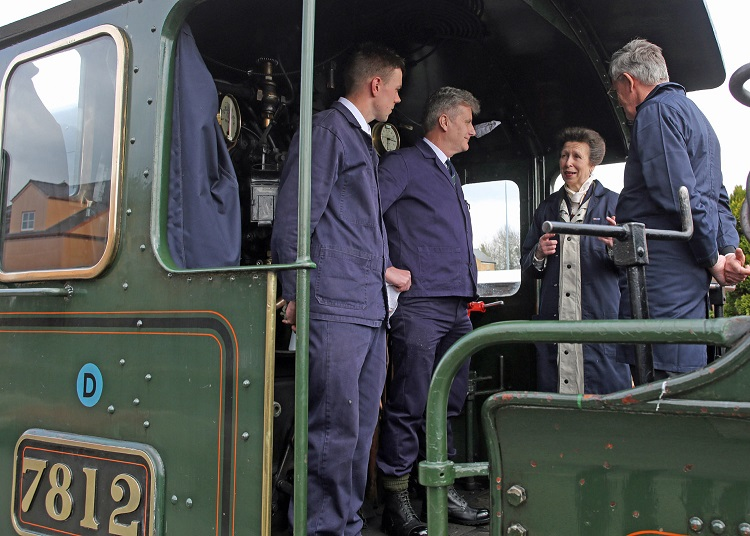 1 HRH on Erlestoke Manor with Ryan Green (fireman), Paul Fathers (driver) and Roger Norfolk