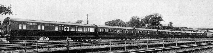 2 1915 Wolverton Ambulance train official pic at Wolverton Phil Marsh
